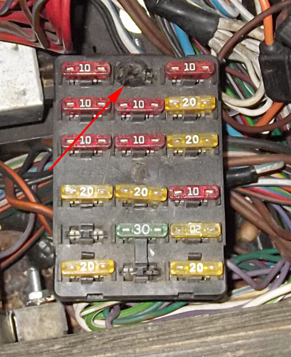Fuse box and melted fuses - DeLorean Motor Company